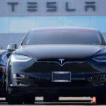 Tesla schafft ersten Jahresgewinn